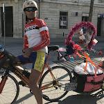 Les tribulationsd'un cycliste atypique à Reims