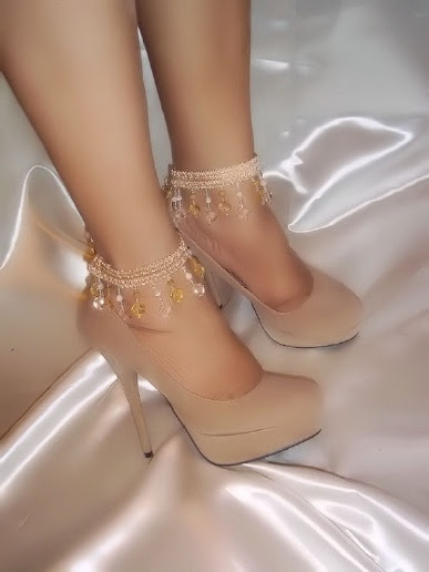 Beautiful And Sexy Ankle Bracelets From Designs By Loure'  http://www.designsbyloure.com