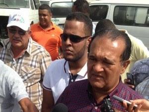 Antonio Marte, presidente de la Confederación Nacional de Organizaciones del Transporte (Conatra), habla tras el incendio en el depósito de autobuses.