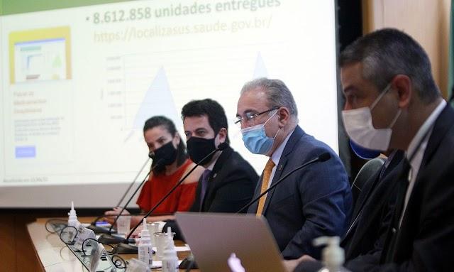 Governo auxilia estados com kit intubação, diz ministro