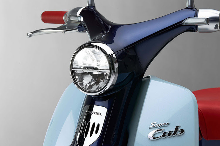 sepertinya dilakukan oleh PT Astra Honda Motor  Honda Super Cub 125, Si Kecil Klasik dengan Harga Berisik