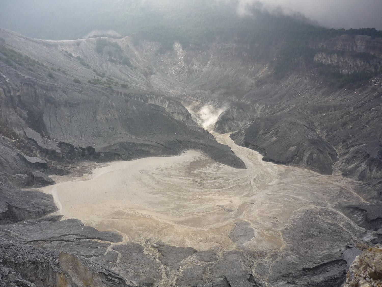 Asal Usul Gunung Tangkuban Perahu Legenda Kita  Review Ebooks