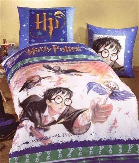Harry Potter Twin Duvet Cover & Pillowcase Flying Keys