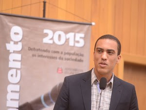 Vereador eleito presidente da Câmara em evento na Alesp. (Foto: Divulgação/Alesp)