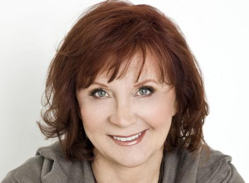 Janet Evanovich is back with two new books 115Q3BK x large Top 10 Highest Paid Authors of All Time