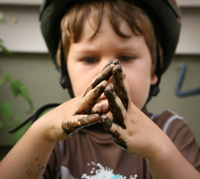 oliver muddy hands folded