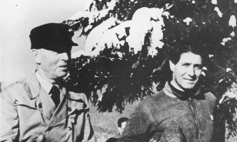 File:AntonescuYCodreanu1935.jpg