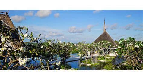 Destination Wedding Bali, Puri Temple Hill   YouTube