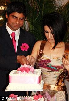 Sahar Daftary (R) and Rashid Jamil