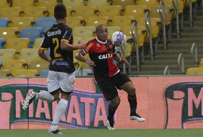 Anderson Pico, Flamengo x Volta Redonda, Maracanã (Foto: Gilvan de Souza/Fla Imagem)