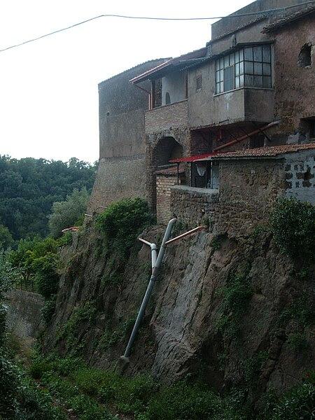 File:San Vittorino Romano 06.JPG