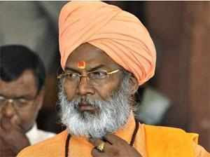 Sakshi Maharaj calls himself a true Muslim, Prophet Mohammed a great yogi