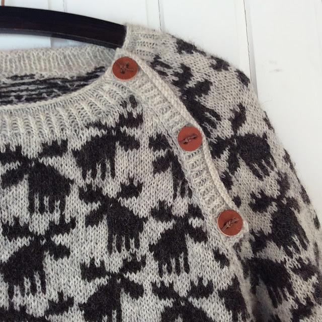 Chandail tricoté orignaux Moose Sweater par Lone Kjeldsen