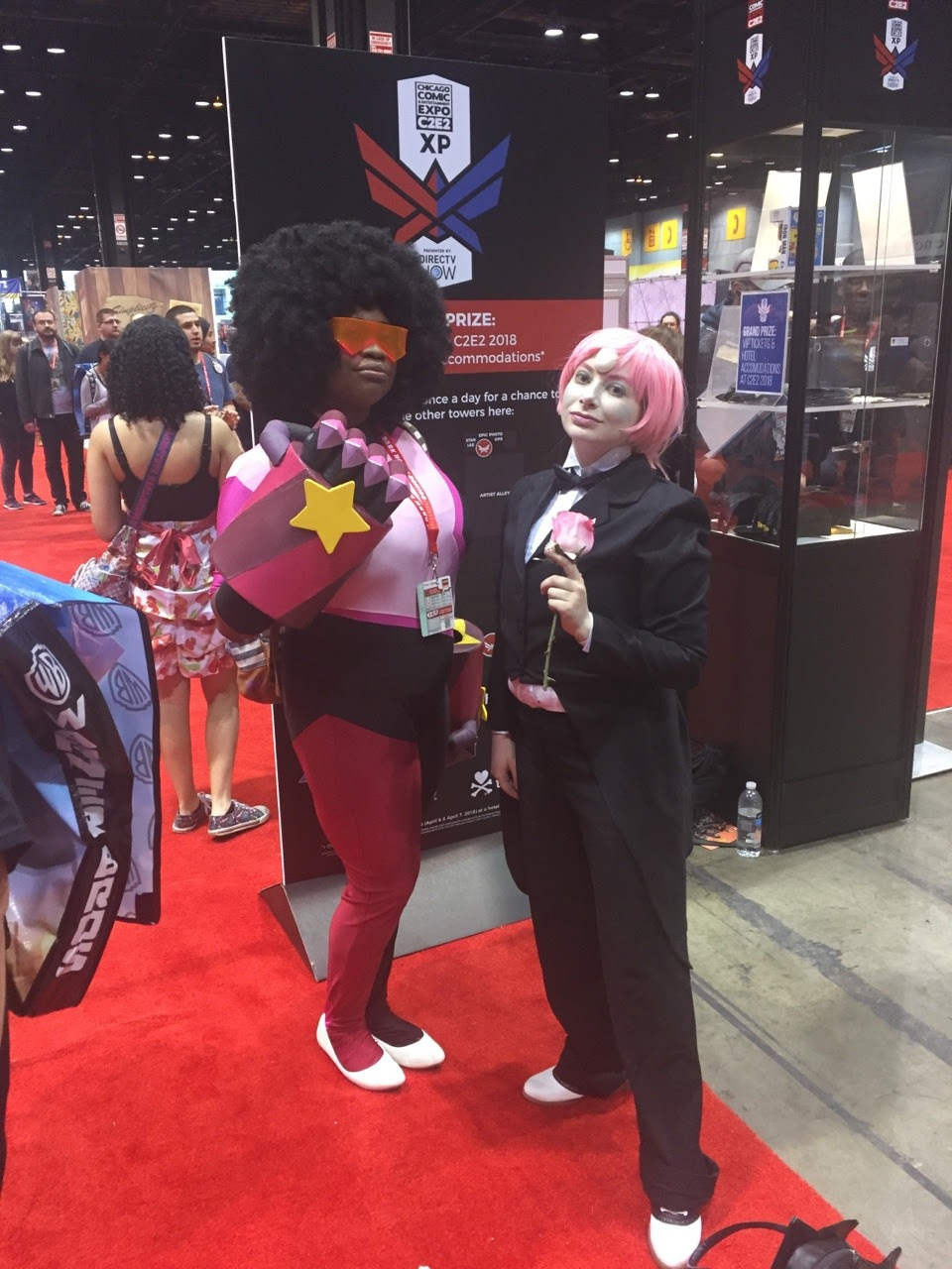 My trip to C2E2!! Gosh everyone was so sweet! I'm surprised there were so few SU cosplayers tho