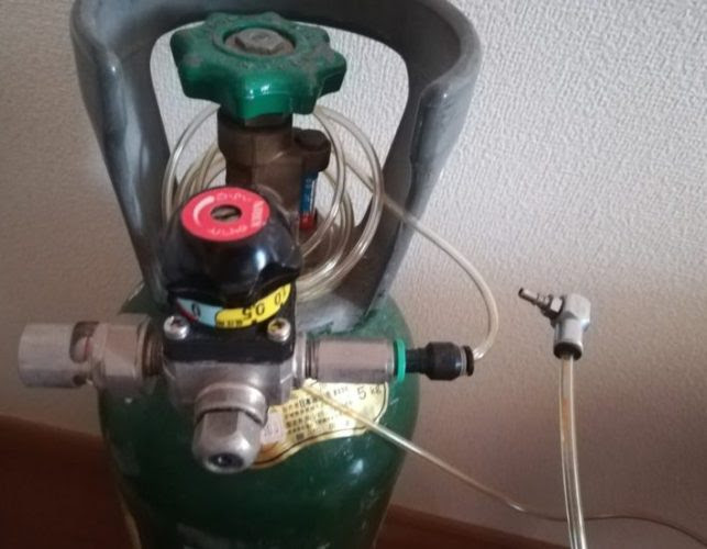 ミドボンで自宅で炭酸水を激安で作る かたつむりノート
