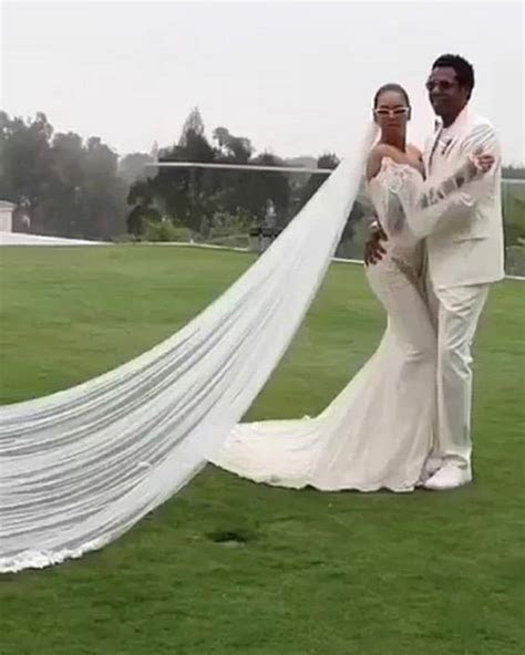 Beyonce And Jay Z Renewed Their Wedding Vows and WOW!