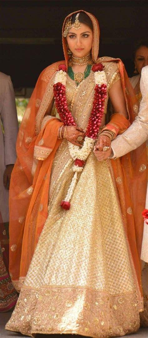 Inside Soha Ali Khans wedding: Mehendi, Wedding