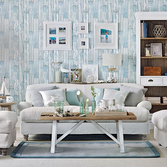 Coastal living room with wood-effect wallpaper | Living ...