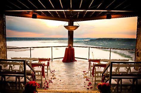 Luxury on the Lake   Amazing Austin Venues   Wedding