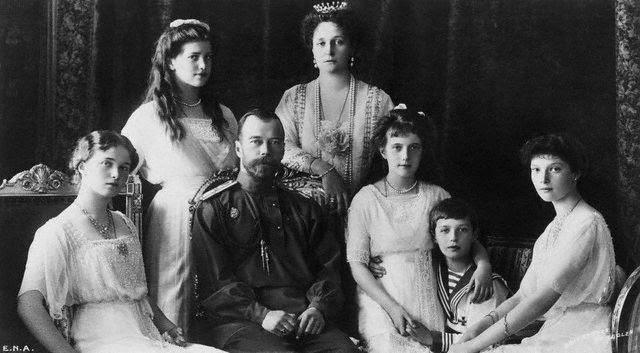 http://www.pyramid-gallery.com/tsar_family.jpg