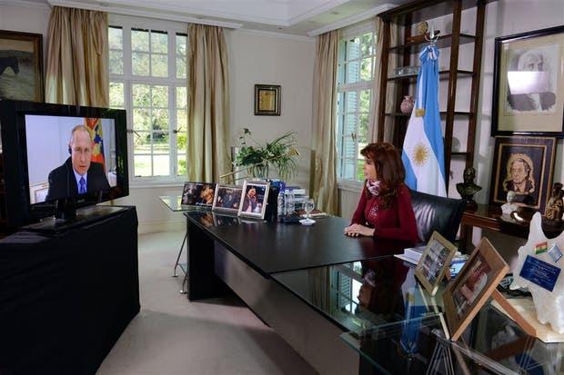 Cristina Kirchner, ayer, durante la videoconferencia con Putin
