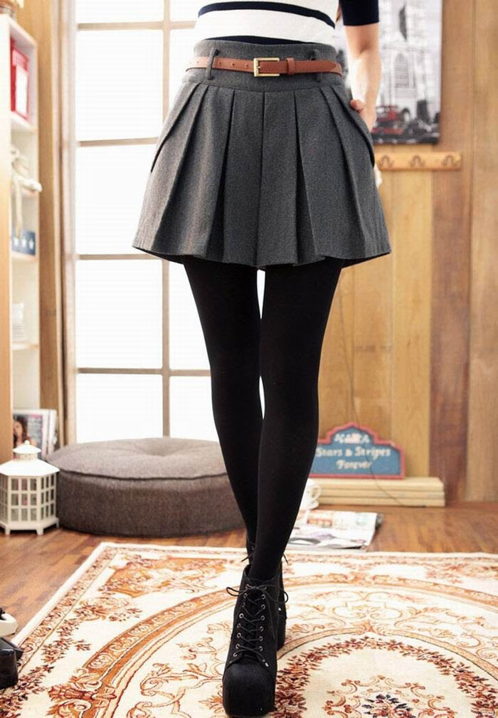 Skirt with tights. That preppy fall look. Love