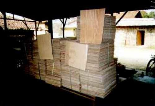pemudaniasutara: PENGELOLAAN LIMBAH PLASTIK DI INDONESIA