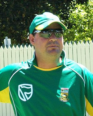 Mickey Arthur at a training session at the Ade...