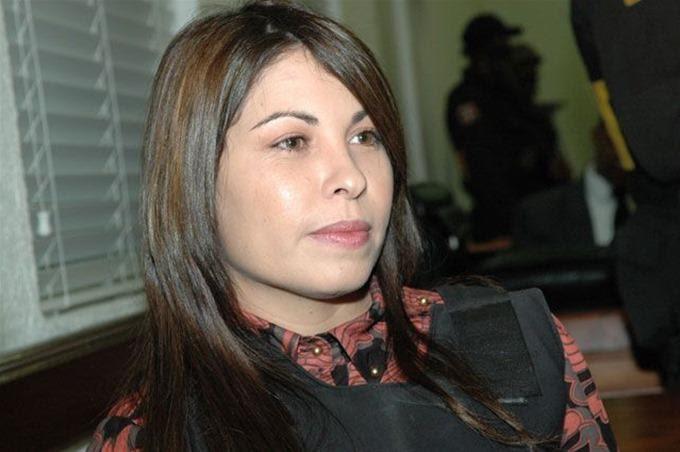 ENTRESE: Cual fue la hostilidad de Sobeida sobre la defección de Figueroa Agosto.