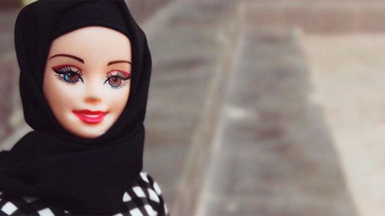 Mujeres de EEUU diseñan velos musulmanes para muñecas Barbie