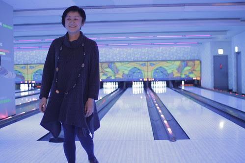Harumi missing the bowling pins