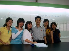 Group pic with Mr Low in the lab