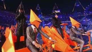 Confira o show da banda Pet Shop Boys no encerramento