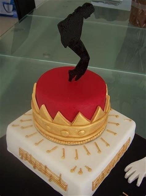 792 best Music Cakes images on Pinterest   Music cakes