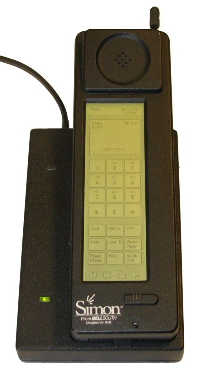 El primer smartphone de la historia celebra sus 20 años en un museo