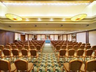 Review Lindner Hotel Prague Castle