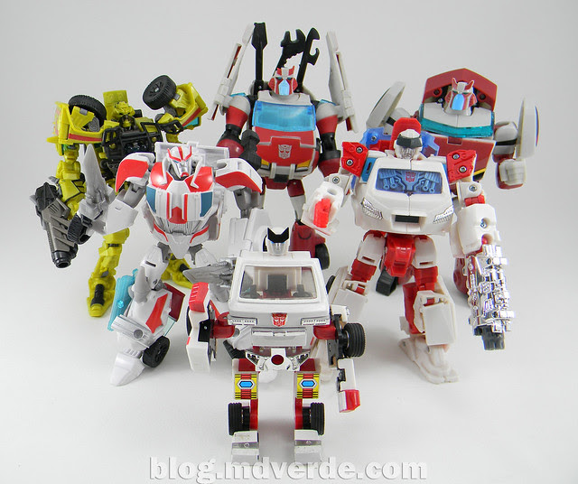 Transformers Ratchet Deluxe - Prime RID - modo robot vs otros Ratchets