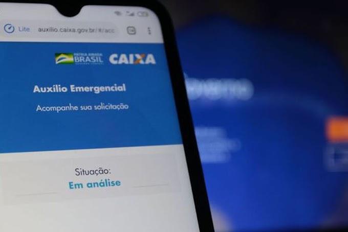 Bolsonaro diz que auxílio emergencial deve ter mais três parcelas, de R$ 500, R$ 400 e R$ 300