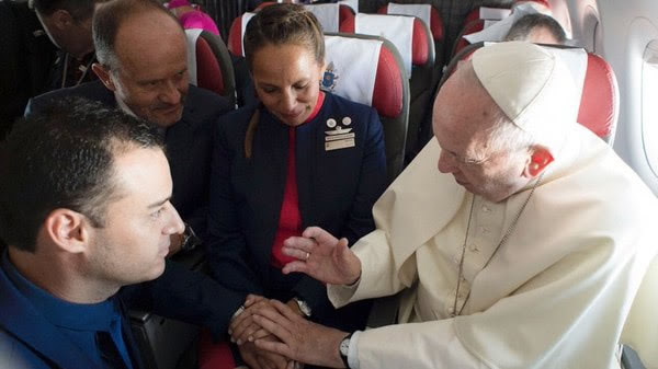 Pope Francis and the couple