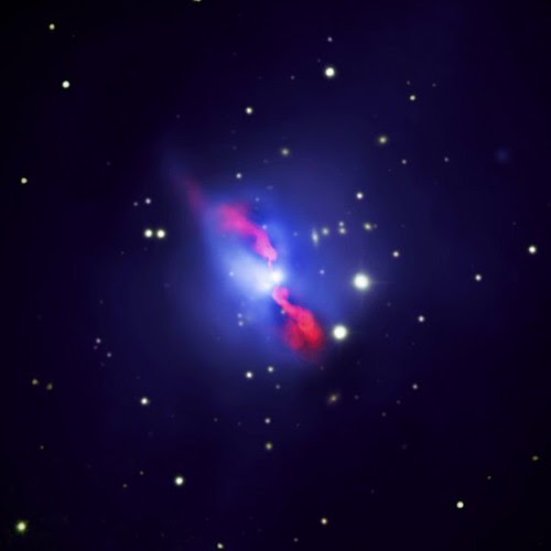 Black Hole Pumps Iron (NASA, Chandra, 09/14/09)