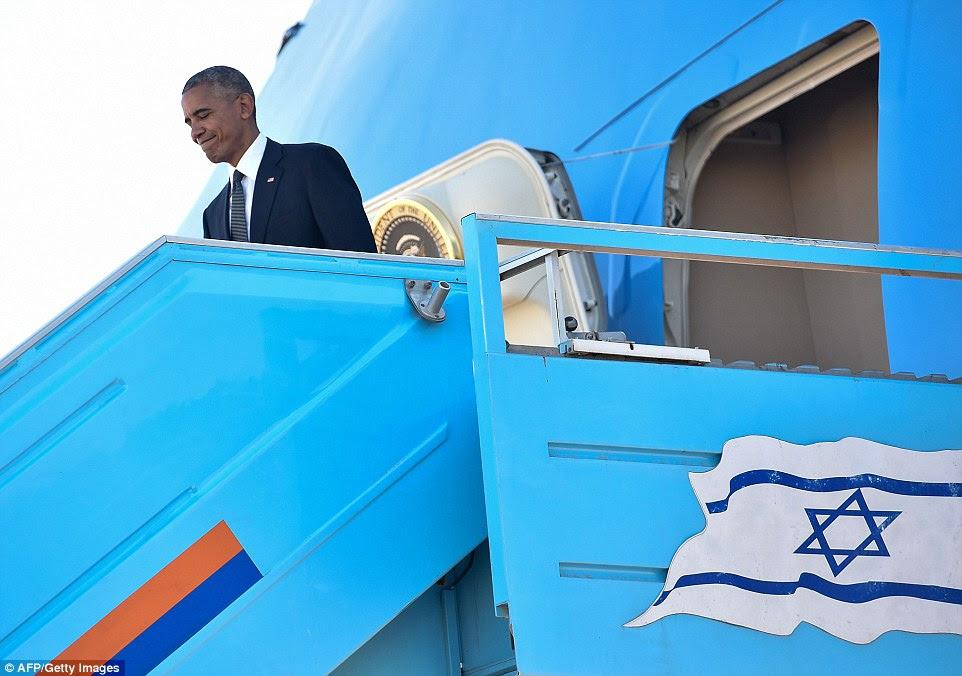 elenco: O evento foi pelos líderes mundiais e realeza, incluindo Barack Obama, retratado chegar hoje em Israel, Bill Clinton, Tony Blair, o príncipe Charles e Rei Felipe de Espanha