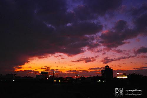 Samsung_NX200_color_07