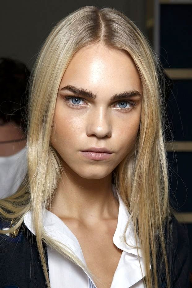 Le Fashion Blog Beauty Inspiration Bold Brows Metallic Eyeshadow Long Blonde Hair Blue Eyes White Shirt Alexis Mabille SS 2015 Backstage photo Le-Fashion-Blog-Beauty-Inspiration-Bold-Brows-Metallic-Eyeshadow-Long-Blonde-Hair-Blue-Eyes-White-Shirt-Alexis-Mabille-SS-2015.jpg