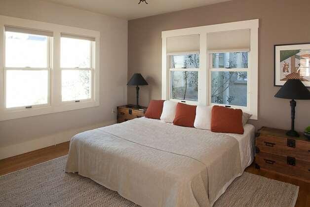 Ashbury Heights home has classic views - SFGate