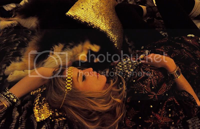 gypsy,boho,fur,gold