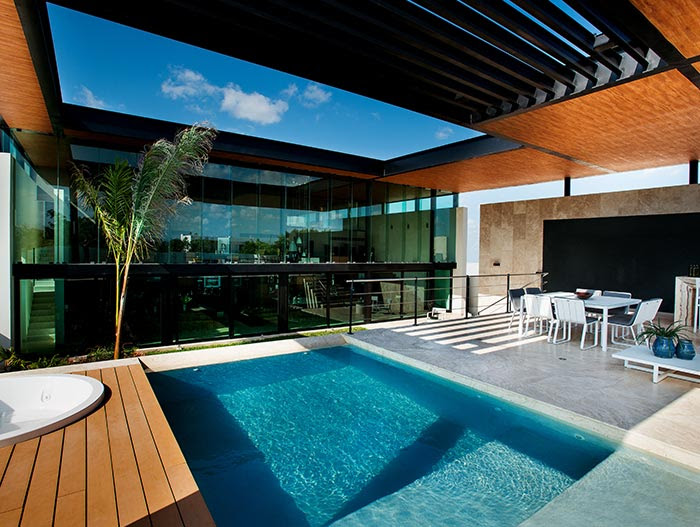 This amazing house by Seijo Peon Arquitectos boasts ...