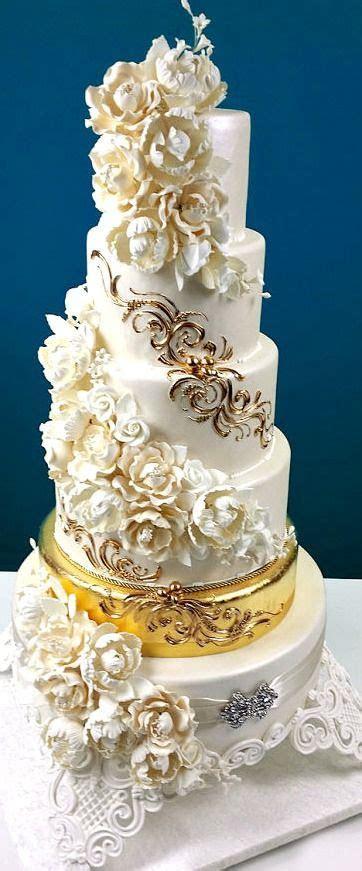 25  best ideas about Fancy wedding cakes on Pinterest