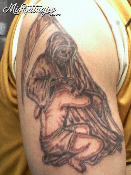 12 Originales Diseños De Tatuajes De La Santísima Muerte Imágenes