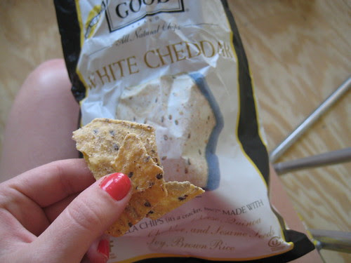 White Cheddar Food Should Taste Good chips