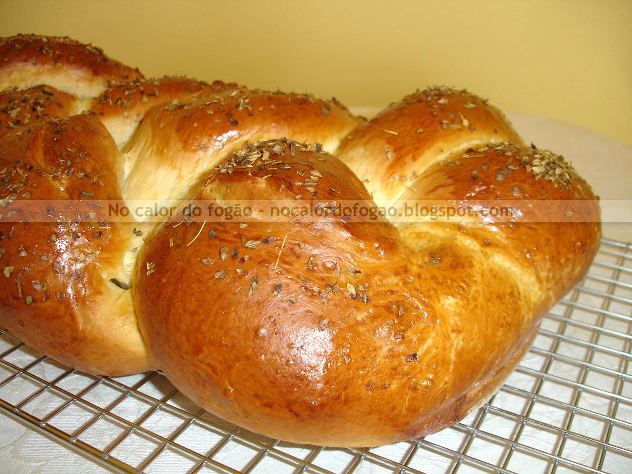 Pão da Nina trançado e recheado